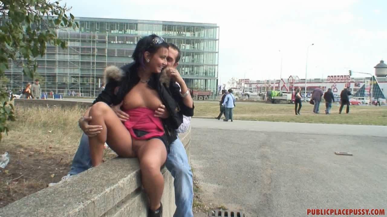 Анна и ее подруга трахаются с опытным свингером @ gang.truba-rf.ru