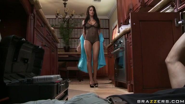 Порно измена сантехники #5