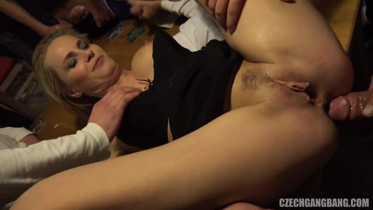 Довели до оргазма толпой порно — img 6