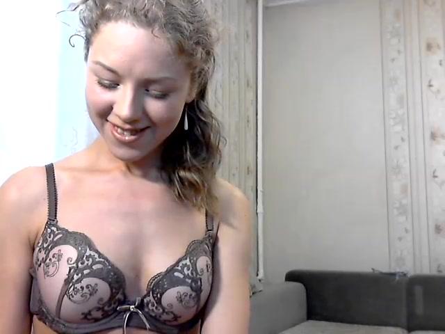 kolgotki-video-seks-so-skromnitsey-glotka-porevo