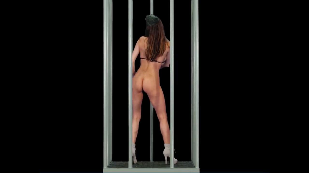 Танцующая голая девушка на рабочий стол — pic 14